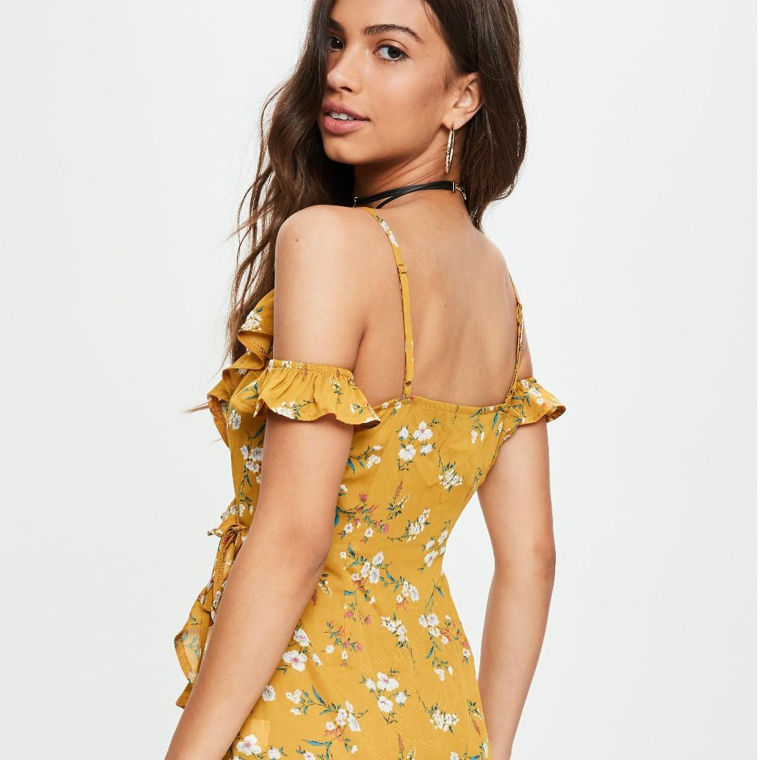 WORN ONCE yellow printed cold shoulder tea dress missguided size 8