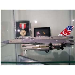 F16 Fighting Falcon Aircraft Model (425 Tailflash)