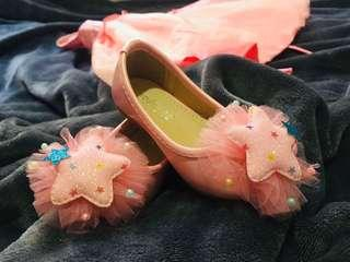 Baby Girl Party Shoes 12-18 months (Peach with lace, star design) Original price: 1,000 Selling price: 400