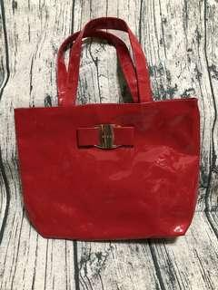🚚 🔅全新🔅AVON紅色亮皮手提包