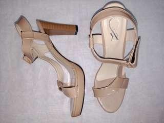Heels yongki brown