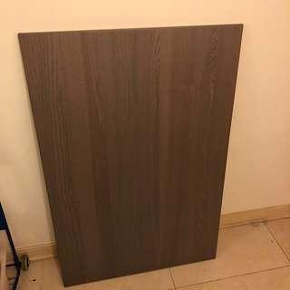 IKEA 枱面板 (桌子面板)可用作書枱或餐枱