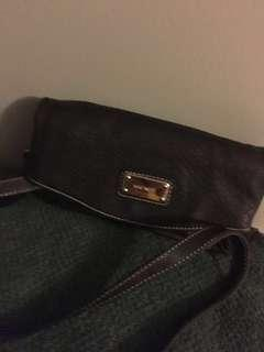 Nine West cross body purse with 4 pockets