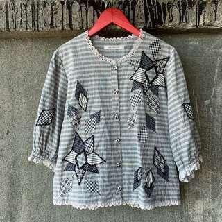 🚚 日本古著 蕾絲邊格紋拼布襯衫
