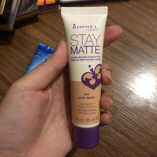 Rimmel Stay Matte in Soft Beige