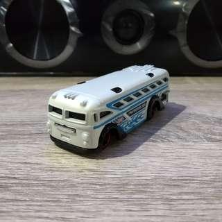 Hot wheels Surfin School Bus