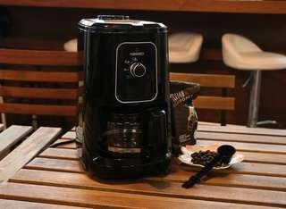 生活點 LP 全自動研磨咖啡機 living point coffee machine CM1061G-GS 咖啡豆 咖啡粉