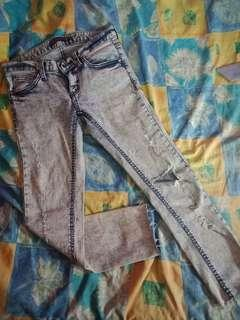 ACID RIPPED JEANS