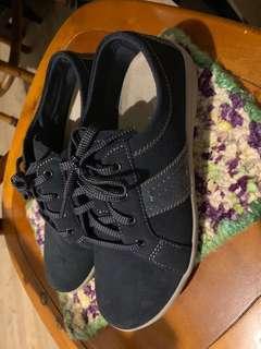 NINE WEST休閒鞋
