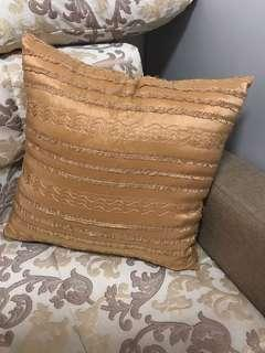 Bnwt Cushion Cover 4pcs