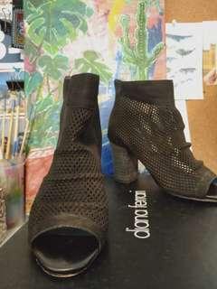 Diana Ferrari heels