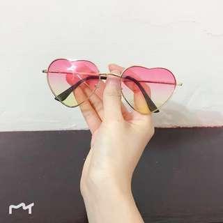 Love Shaped Fashion Sunnies