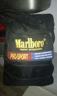 Marlboro vintage travel beg