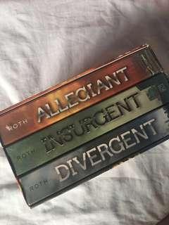 Divergent, Insurgent, and Allegiant Book Set