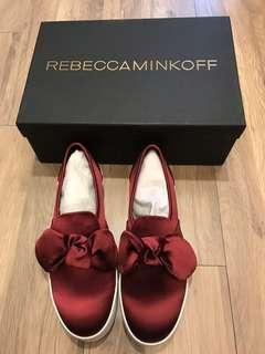 🚚 Rebecca Minkoff