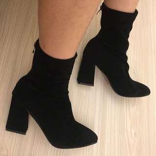 🚚 百搭辣妹個性踝靴
