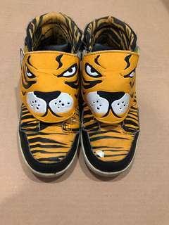 H&M Boy Tiger Shoes