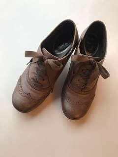 粗跟牛津鞋 皮製 35碼