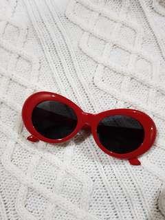 Kacamata lucu
