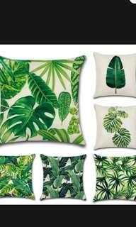 Tropical pillow set