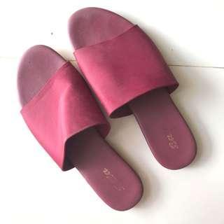 Maroon sandals
