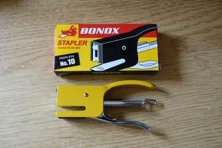 BONOX stapler 型格釘書機
