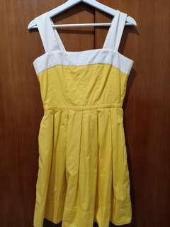 #JAN25 GAP Yellow Dress