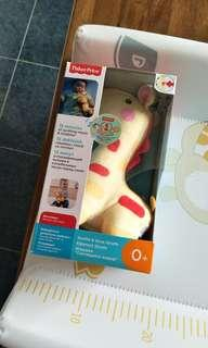 Fisher price soothe and glow giraffe