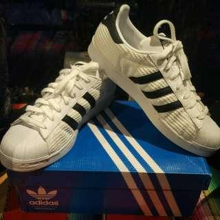 Sepatu adidas superstar white authentic
