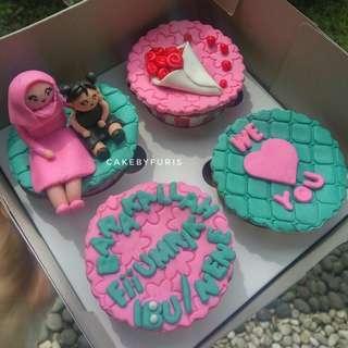 Cupcakes Custom isi 4 cup - Cupcakes Fondant 2D/3D- TANGERANG