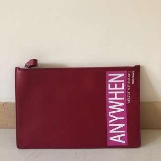 Valentino clutch 手提袋 男女合用 全新 $1900 平成一半有多