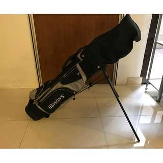 Junior golf set excellent condition good for beginners