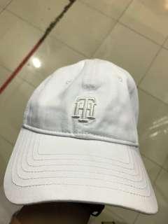Tomy hilfiger cap
