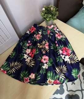 🍊BN Hibiscus Floral Leaf Skirt