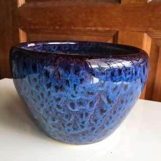 Crystal dark blue vase pot