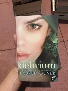 Delirium novel by Lauren Oliver