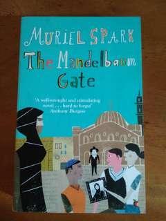 🚚 Muriel Spark - The Mandelbaum Gate