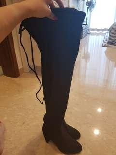 Black knee high boots BN size 35