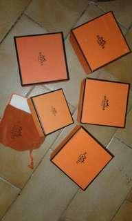 Hermes Box  > square 3pcs / flat 1pcs / (small with dust bag 1 pc RESERVED)
