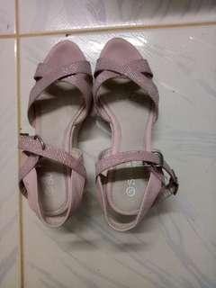 SugarKids Light Pink Wedge Sandals Size 34