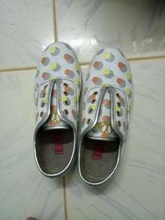 Elle Sneakers Size 35