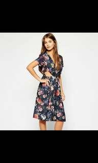 NWT Love Floral Midi Dress with cutout detail  Fr ASOS