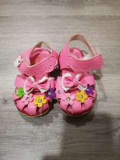 Girl Pink Flower Shoes #CNY888 #CNYBABIES