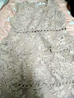 Lace裙