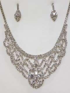 Chamelon Necklace with Earring Set