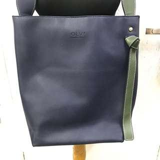 OLIVE YOUNG BUCKET BAG