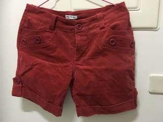 🚚 紅色復古短褲