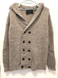 灰色冷外套