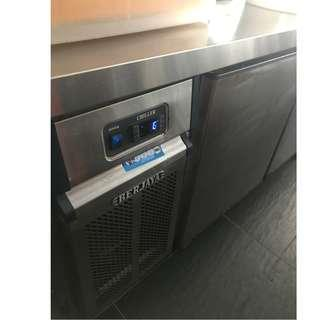 Counter Chiller 2 door/ Blower System