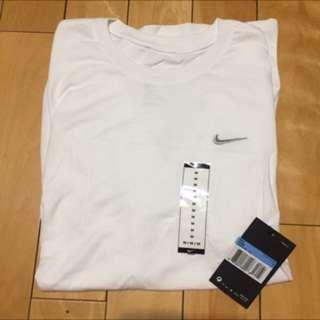🚚 NIKE 短袖T恤 白色素T 男生上衣 短袖上衣 男生短袖